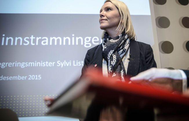 STRAMMER INN: Innvandringsminister Sylvi Listhaug (Frp)  la sist tirsdag frem sitt forslag som skal føre til at det blir langt vanskeligere å få permanent oppholdstillatelse i Norge.