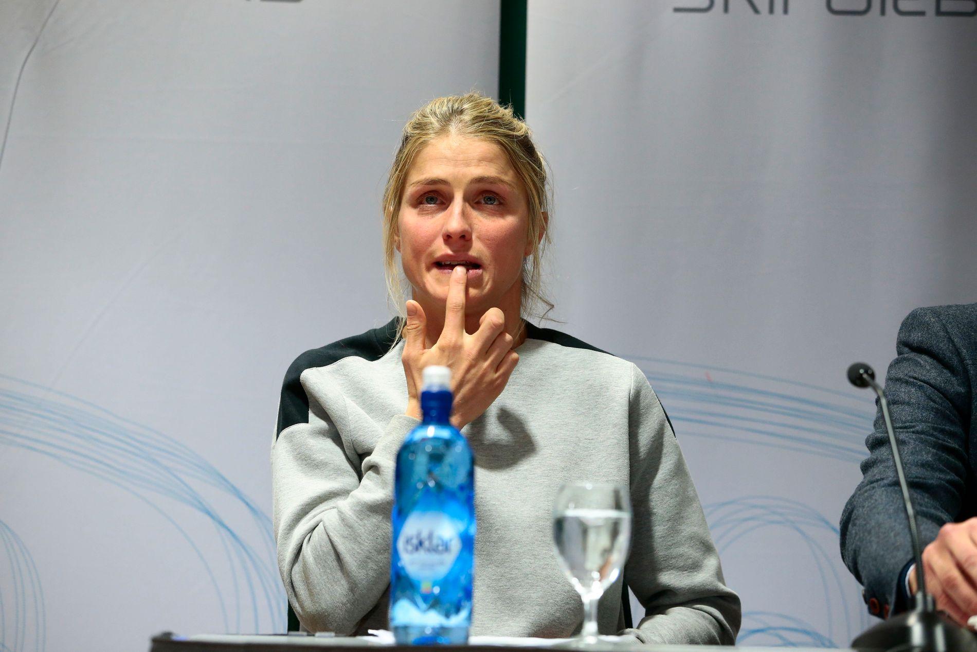 LEPPEN: Therese Johaug hadde sår på underleppen.