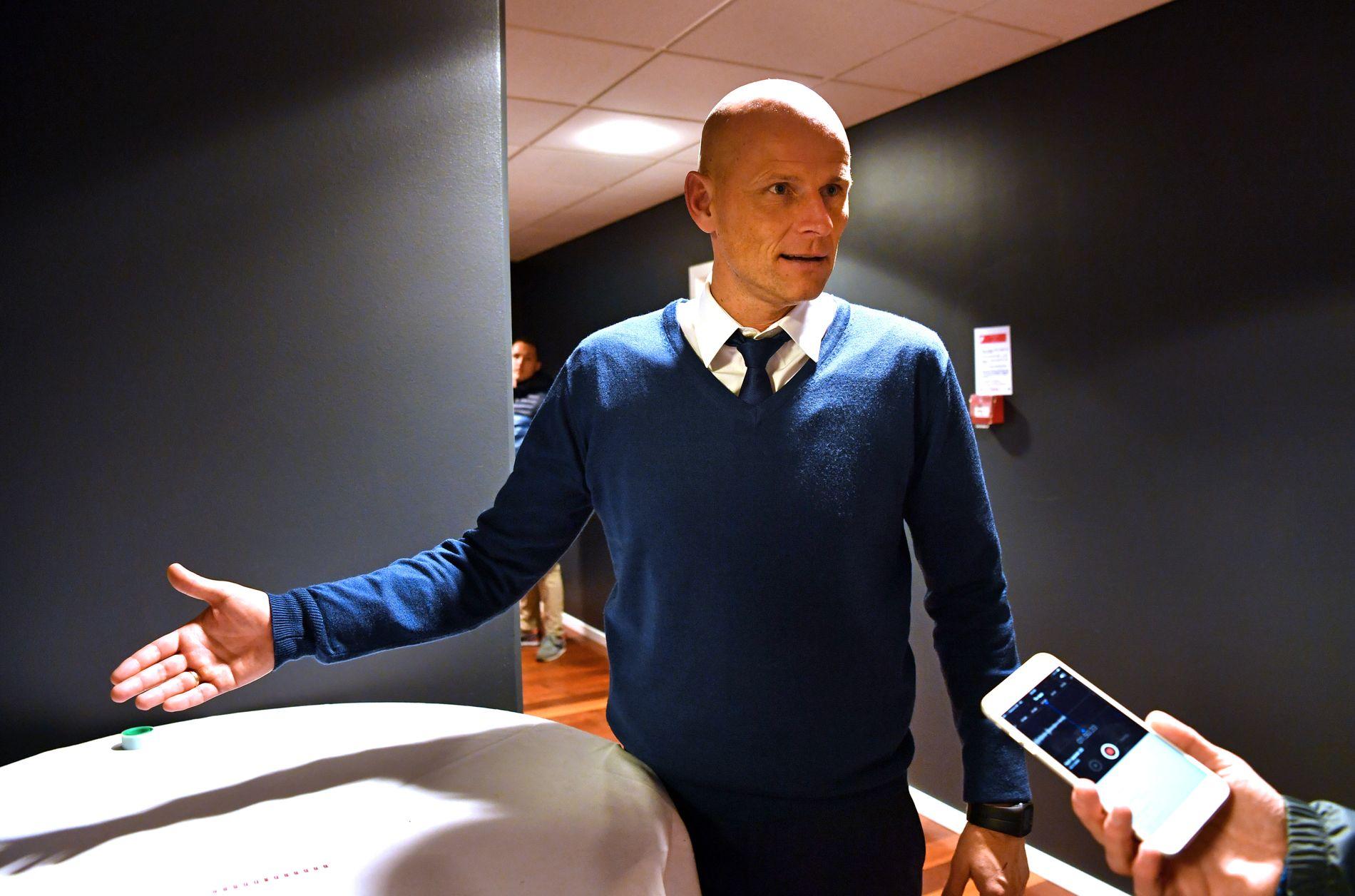 ØNSKET AV NFF: Ståle Solbakken sier til VG at han har fullt fokus på jobben som både trener og sportsdirektør i FC København. Her er han etter 0-0-kampen mot Leicester i Champions League tidligere denne måneden.