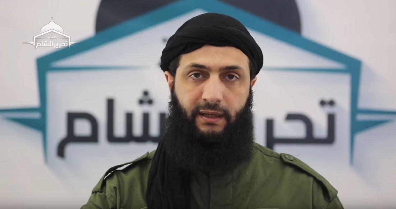 AL-QAIDA: Abu Muhammed al-Jolani heter egentlig Ahmed Hussein al-Shara. Fra han kom til Syria i 2011 og frem til sommeren 2016 fantes det knapt bilder av ham og han var svært myteomspunnet. Dette bildet er en grab fra en fersk Tahrir al-Sham-video, hvor han nå er blitt militær leder