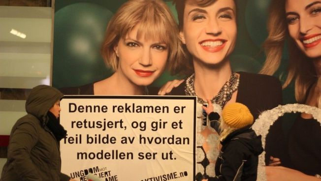 Bildet er hentet fra en aksjon som Ungdom mot retusjert reklame arrangerte i 2011.