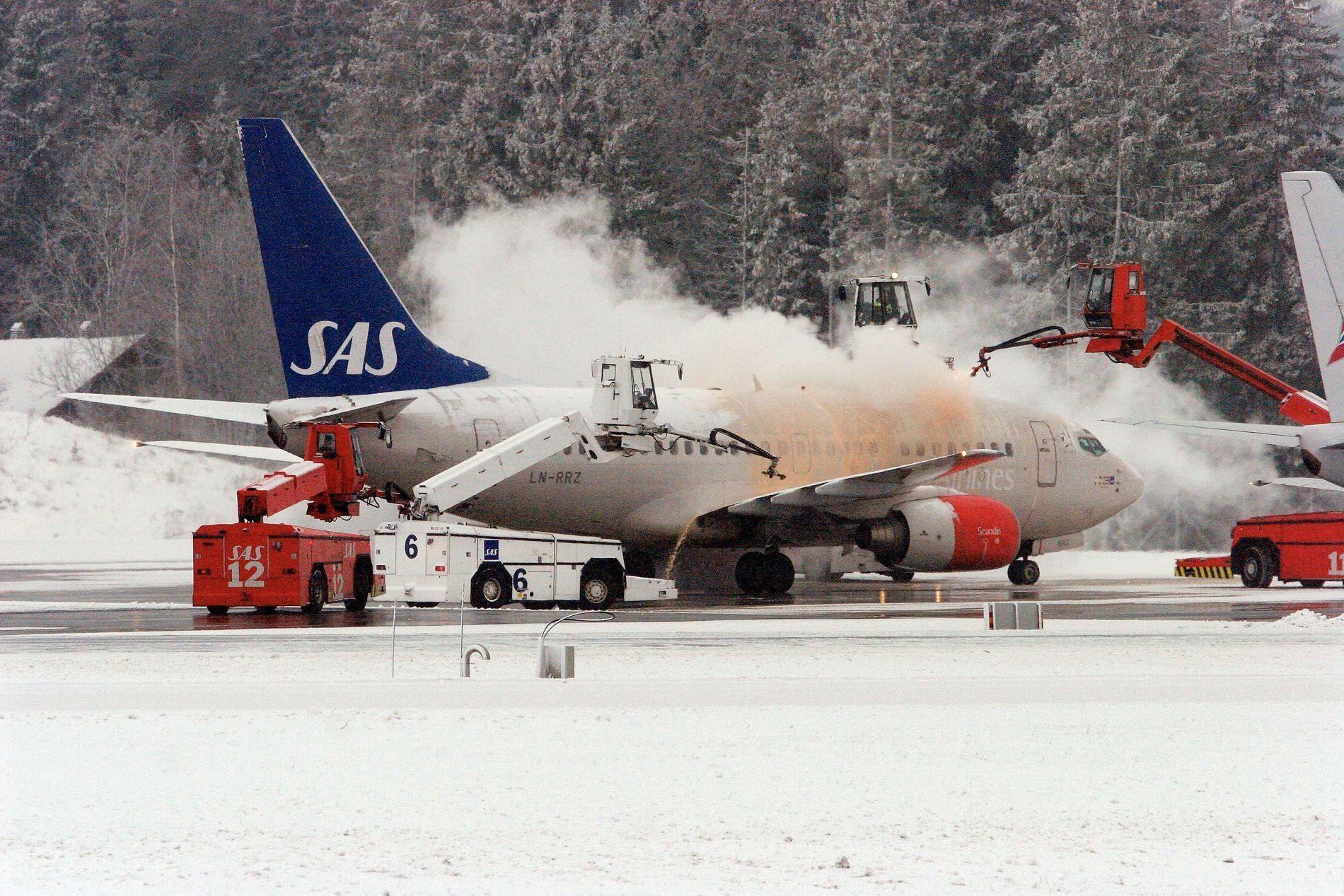 ILLUSTRASJON: Et fly avises på Gardermoen i februar 2005.