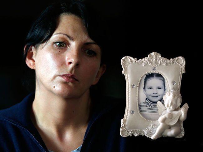 SØRGER: VG møtte Monika Sviglinskajas mor, Kristina, i august og oktober i fjor. Hun har hele tiden hevdet at datteren ble drept og ikke at hun påførte seg selv dødelige skader, slik politiet hevdet etter ni måneders etterforskning i 2012.