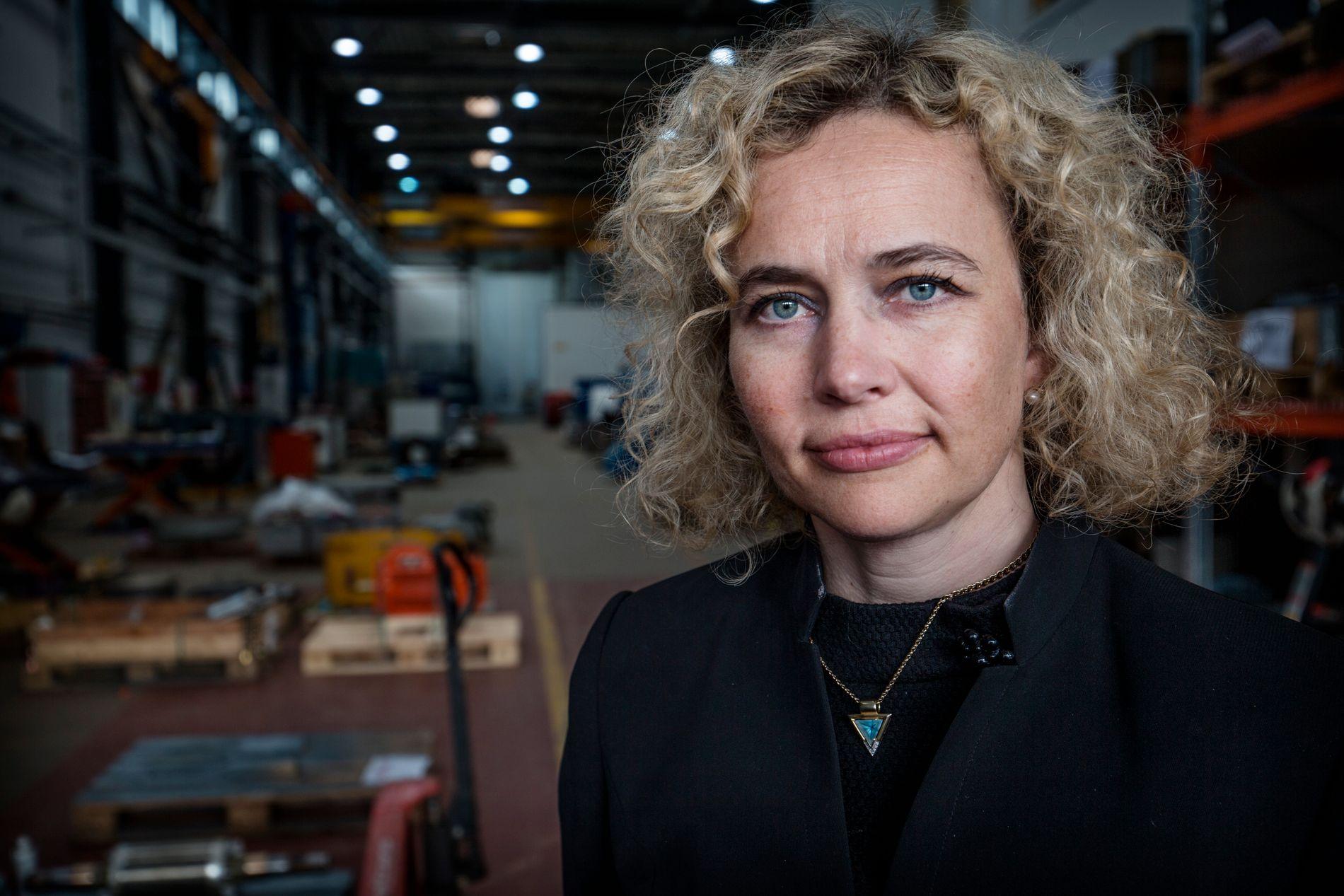 FIKK TUNG BESKJED: - Å miste en ansatt i en ulykke er den verste beskjeden man kan få, sier Linn Cecilie Moholt i Karsten Moholt AS.