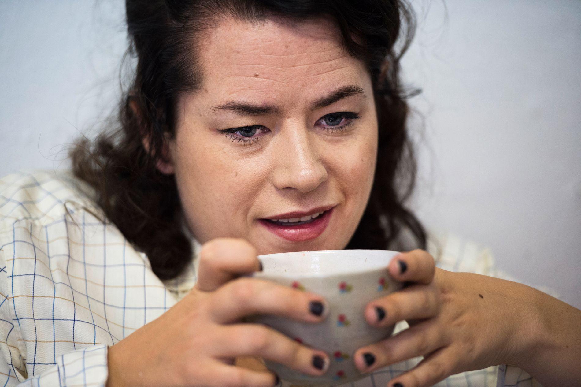 HARDE PÅSTANDER: Den svenske serietegneren Liv Strömquist hevder at hun ble skjelt ut etter å ha trukket seg fra «Skavlan».