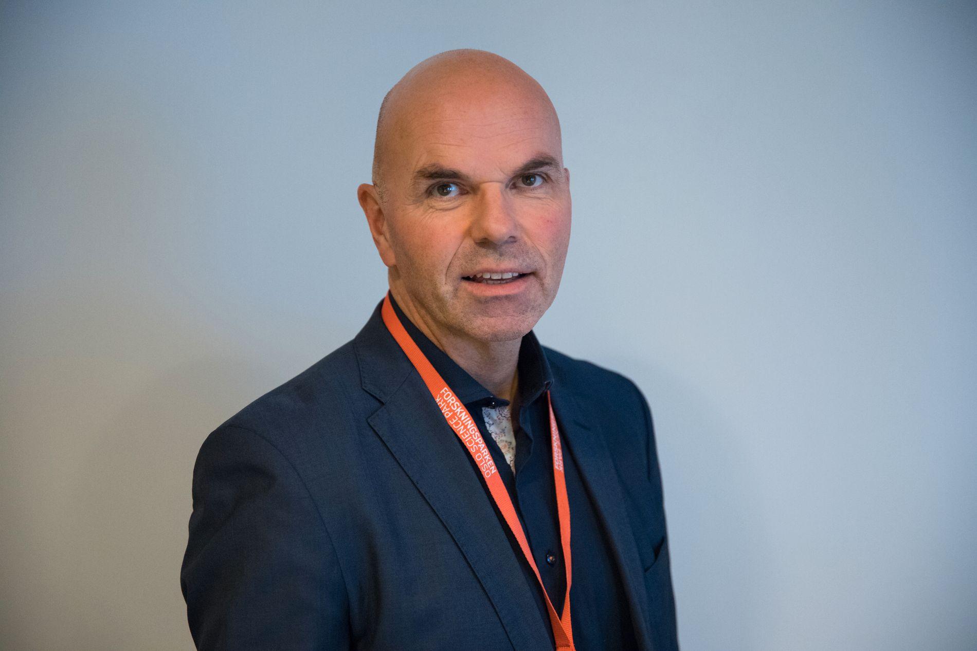 GRANSKER: Erling Grimstad har lang fartstid som etterforsker av økonomisk kriminalitet, samt sjefsstilling i Økokrim. Nå er han privat gransker.