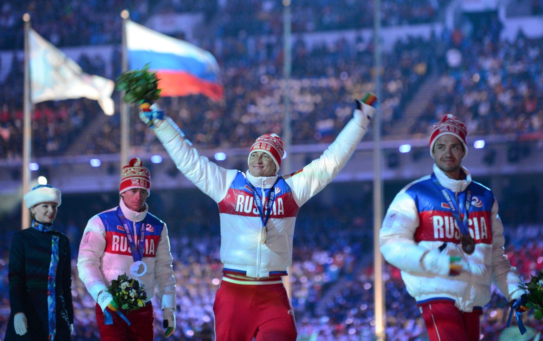 DETTE GULLET MISTER HAN: Alexander Legkov «vant» femmila under OL i Sotsji i 2014. Den medaljen er han nå bedt om å sende tilbake til IOC i posten.
