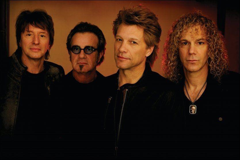 BAKTUNGE: Bon Jovi er fortsatt publikumsmagneter. Men deres nye plate duger ikke, synes VGs anmelder. Fra venstre: Richie Sambora, Tico Torres, Jon Bon Jovi og David Bryan. Foto: UNIVERSAL MUSIC
