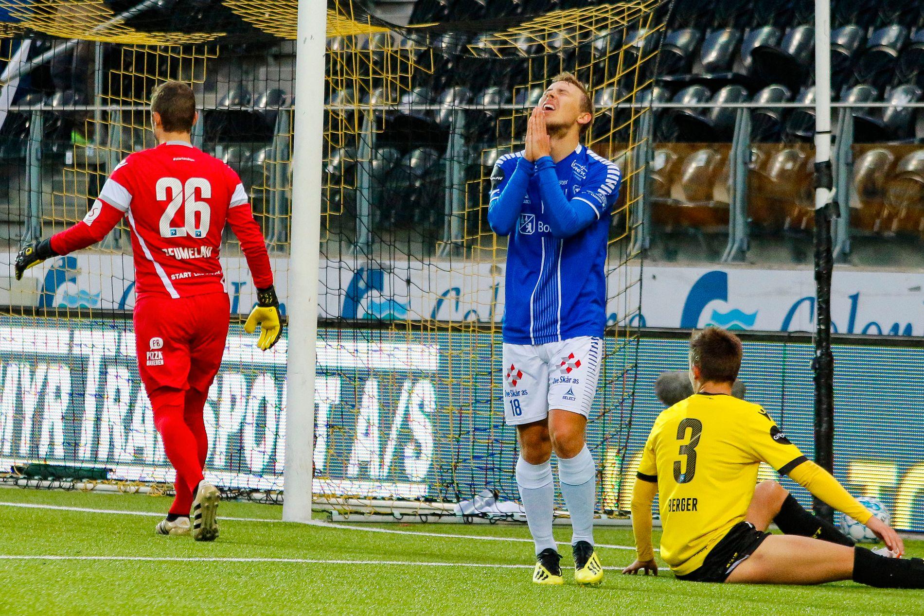 IKKE BØNNHØRT: Sarpsborg-spiss Mikkel Agger under Eliteseriekampen mot Start – spilt tre dager etter Europa League-matchen mot Genk.