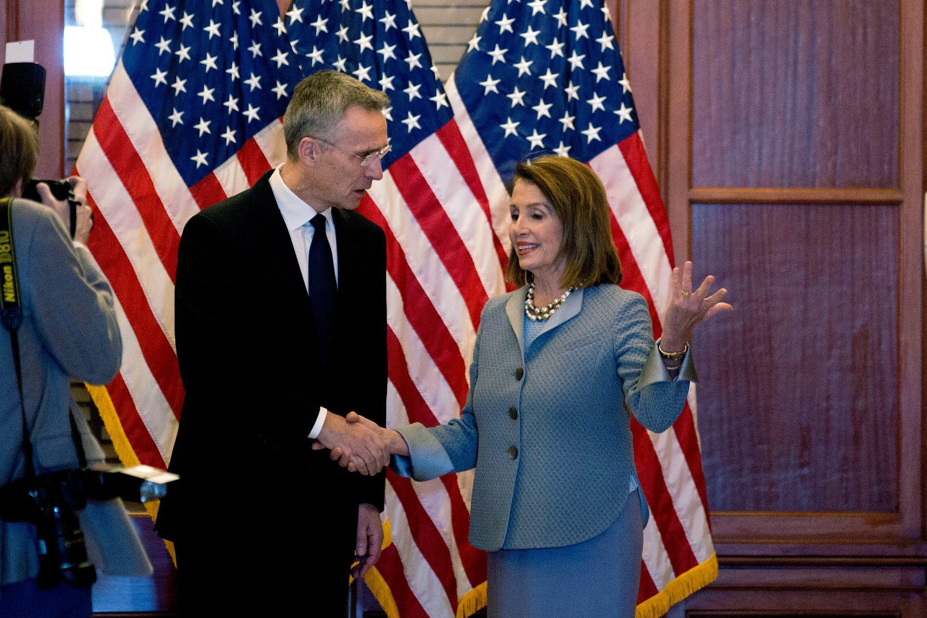 TAKKET PELOSI: Jens Stoltenberg møtte Nancy Pelosi før han holdt sin historiske tale i Kongressen.