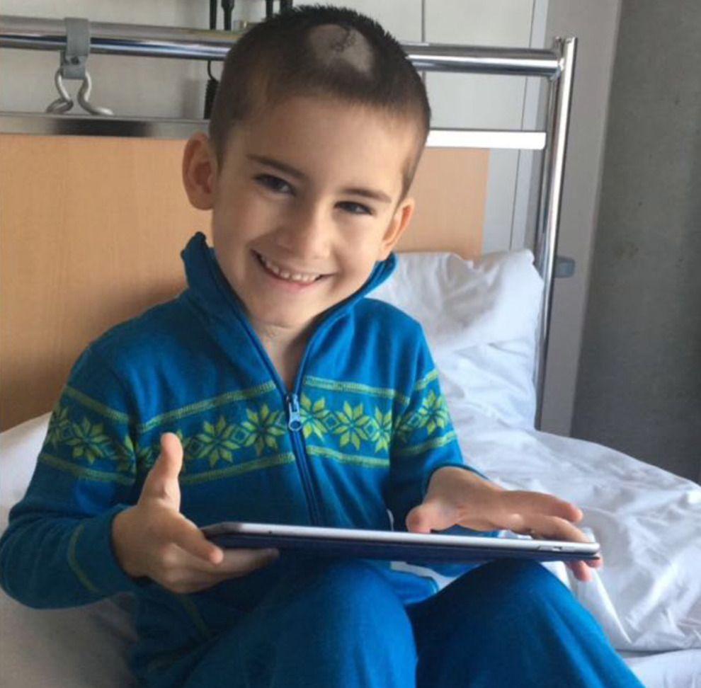DØD: Seks år gamle Djabrail (6) ble torsdag ettermiddag koblet fra respiratoren som holdt ham i live.