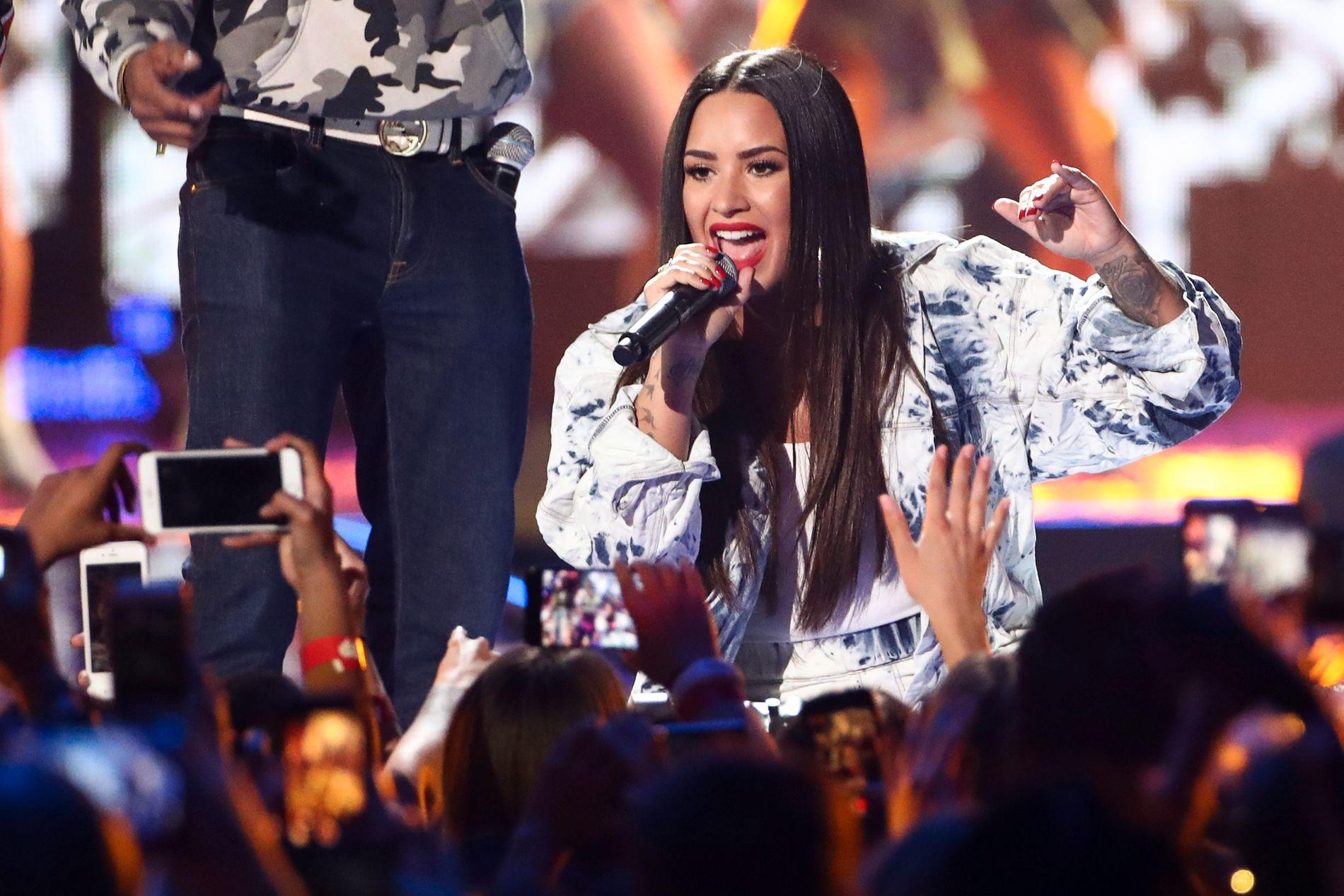TILBAKE: Lovato har nå selv kommentert de siste ukenes hendelser. Her er hun på festival i Las Vegas 23. september 2017.