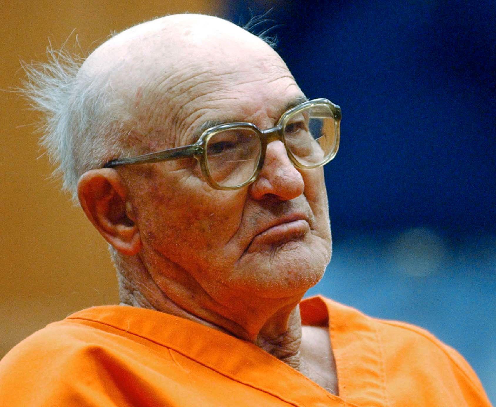 Tidligere Ku Klux Klan-leder Edgar Ray Killen døde torsdag i et fengsel i Mississippi hvor han sonet en drapsdom på 60 år. Han ble 91 år gammel.