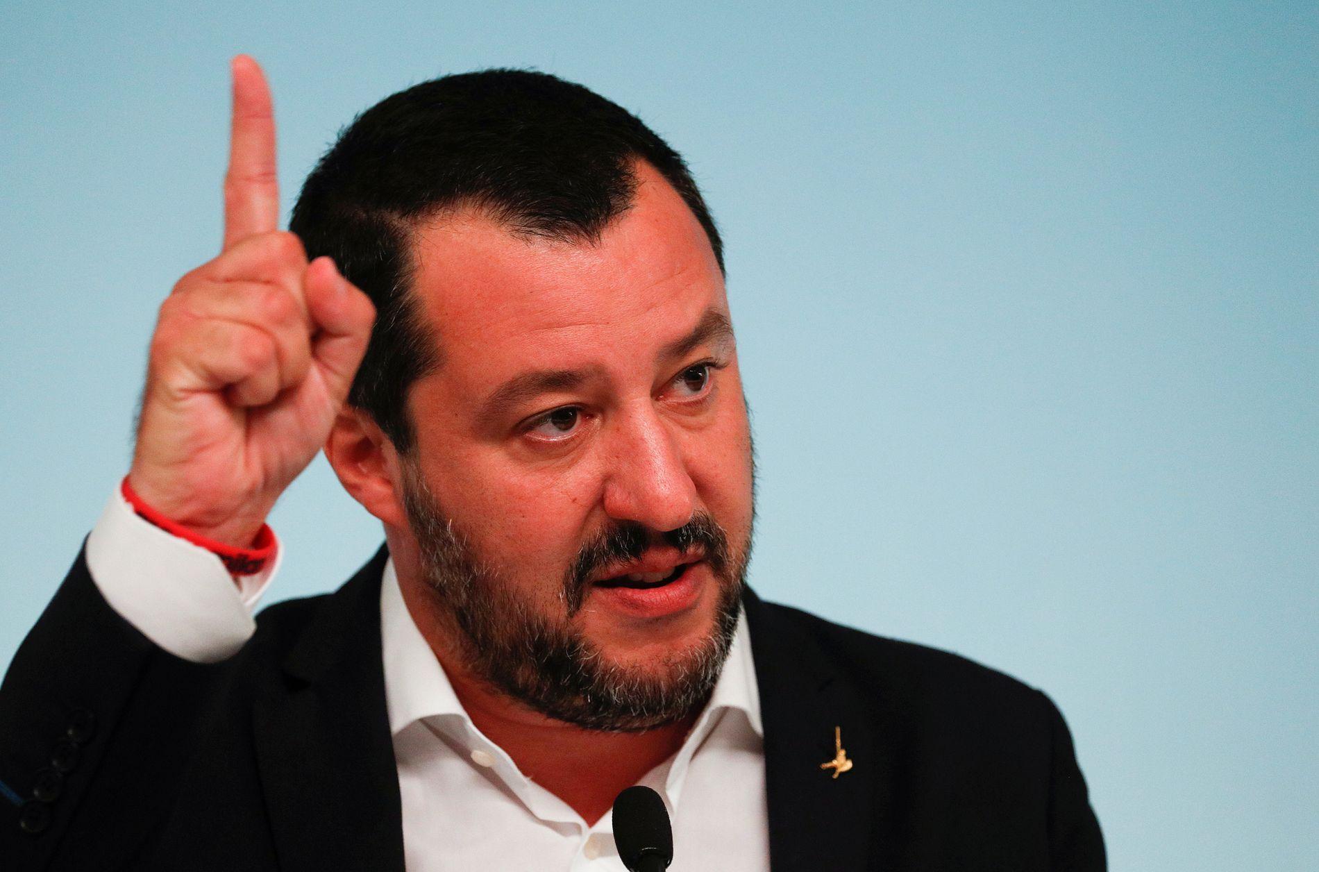 NEKTER Å SNU: Italias visestatsminister Matteo Salvini vil ikke legge frem et budsjett i balanse, noe som kan true eurosonens eksistens.