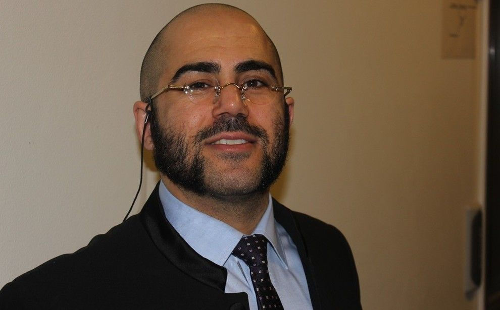 VANT: – Jeg er glad for avgjørelsen fra Statens sivilrettsforvaltning. Det er bevis på at vi har et fungerende demokrati som vi må ta vare på, sier advokat Farhad Shariati til VG.