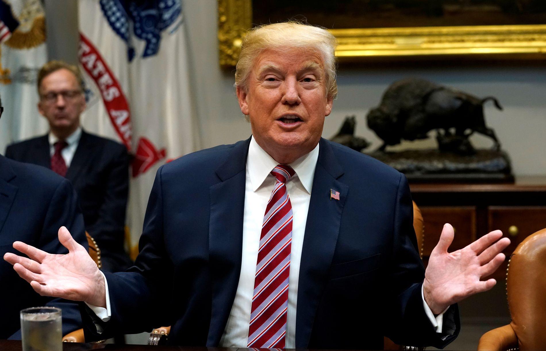 AVVISER ALT: Donald Trump har helt siden han ble president insistert på at det overhodet ikke var en sammensvergelse med Russland for å svekke motkandidat Hillary Clinton. Her i forbindelse med et møte om en ny skattelov tirsdag.