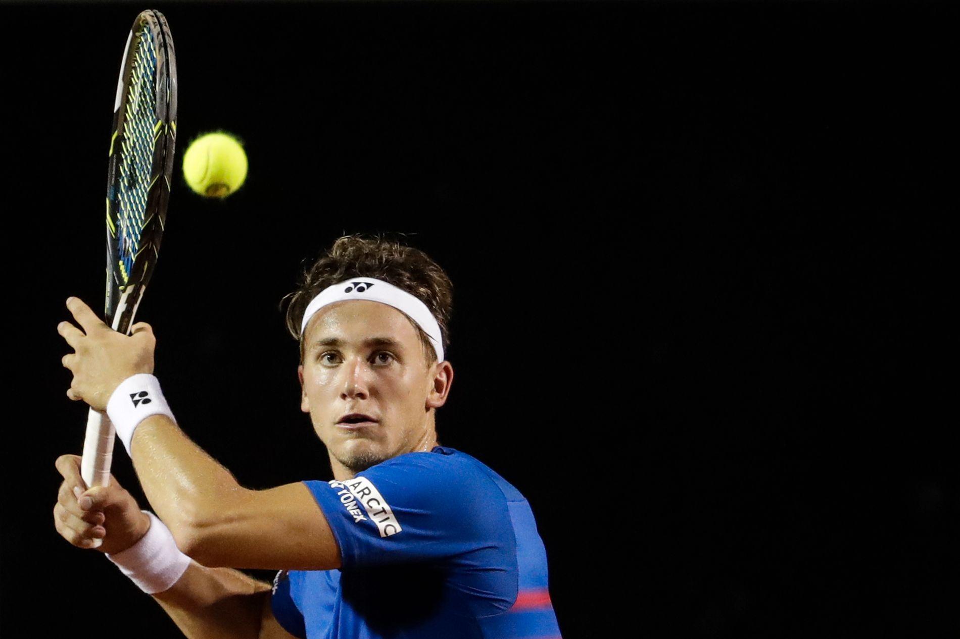 7c7cd3de VANT: Casper Ruud tok seg videre til kvartfinalen i ATP-turneringen i  Brasil. Foto: Felipe Dana AP