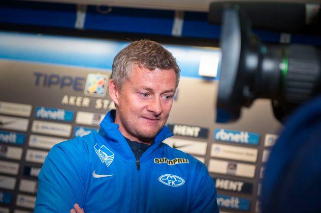 FÅR SKRYT: Ole Gunnar Solskjær roses av Ronny Deila og Stefan Johansen.