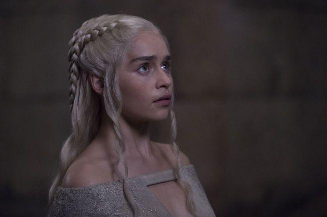 SKJEBNEEPISODE: Med epsiodetittelen «Mother's Mercy», forventes det at vi får vite mer av hva som kjer med blant annet «dragemoren» Daenerys Targaryen.