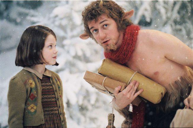 EVENTYRVERDEN: Lucy (Georgie Henley) møter faunen Mr. Tumnus (James McAvoy).