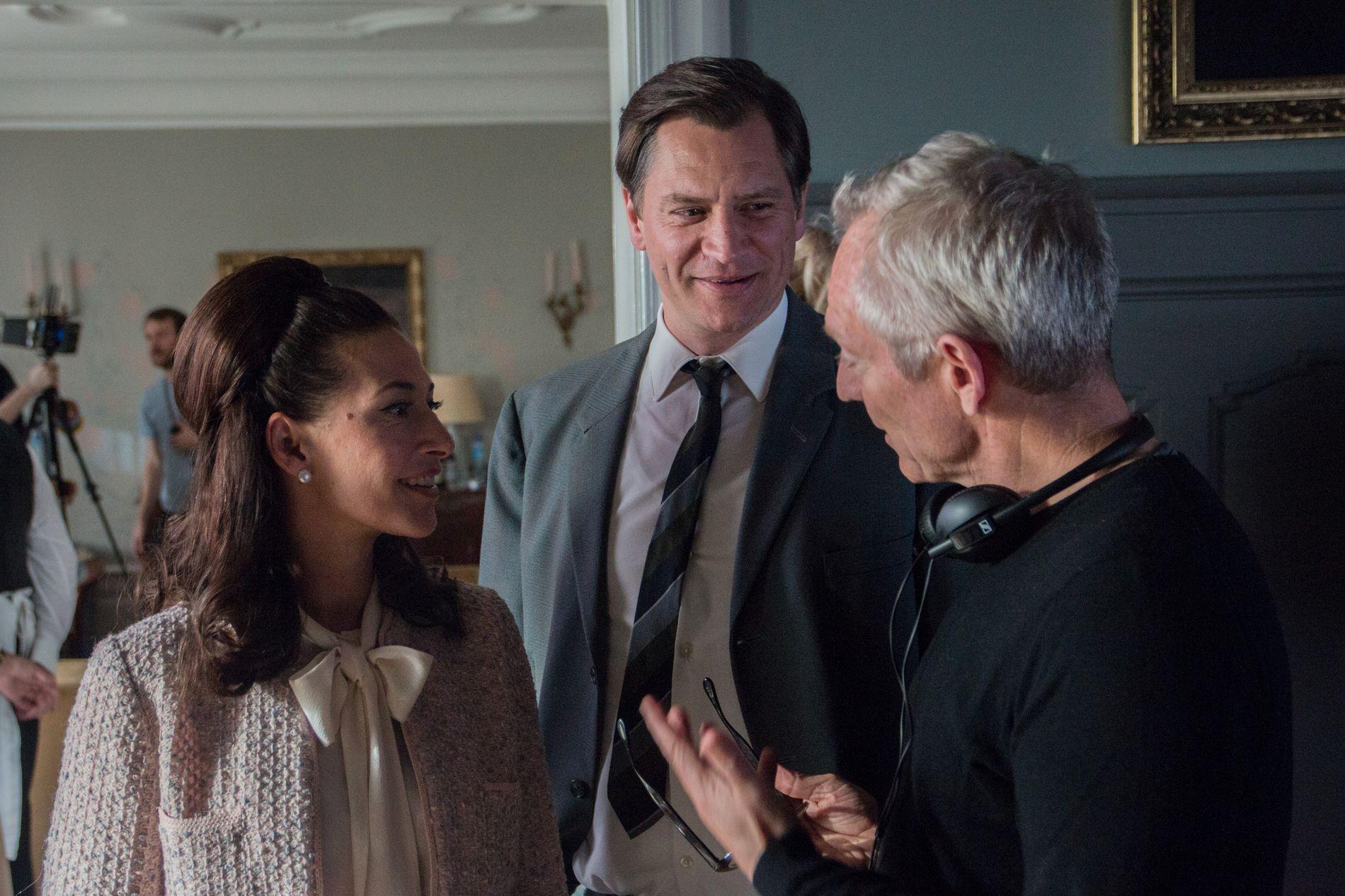 UNDER INNSPILLING: Første sesong av serien «Lykkeland» har startet innspillingen. Pia Tjelta og Per Kjerstad instrueres av regissør Petter Næss.