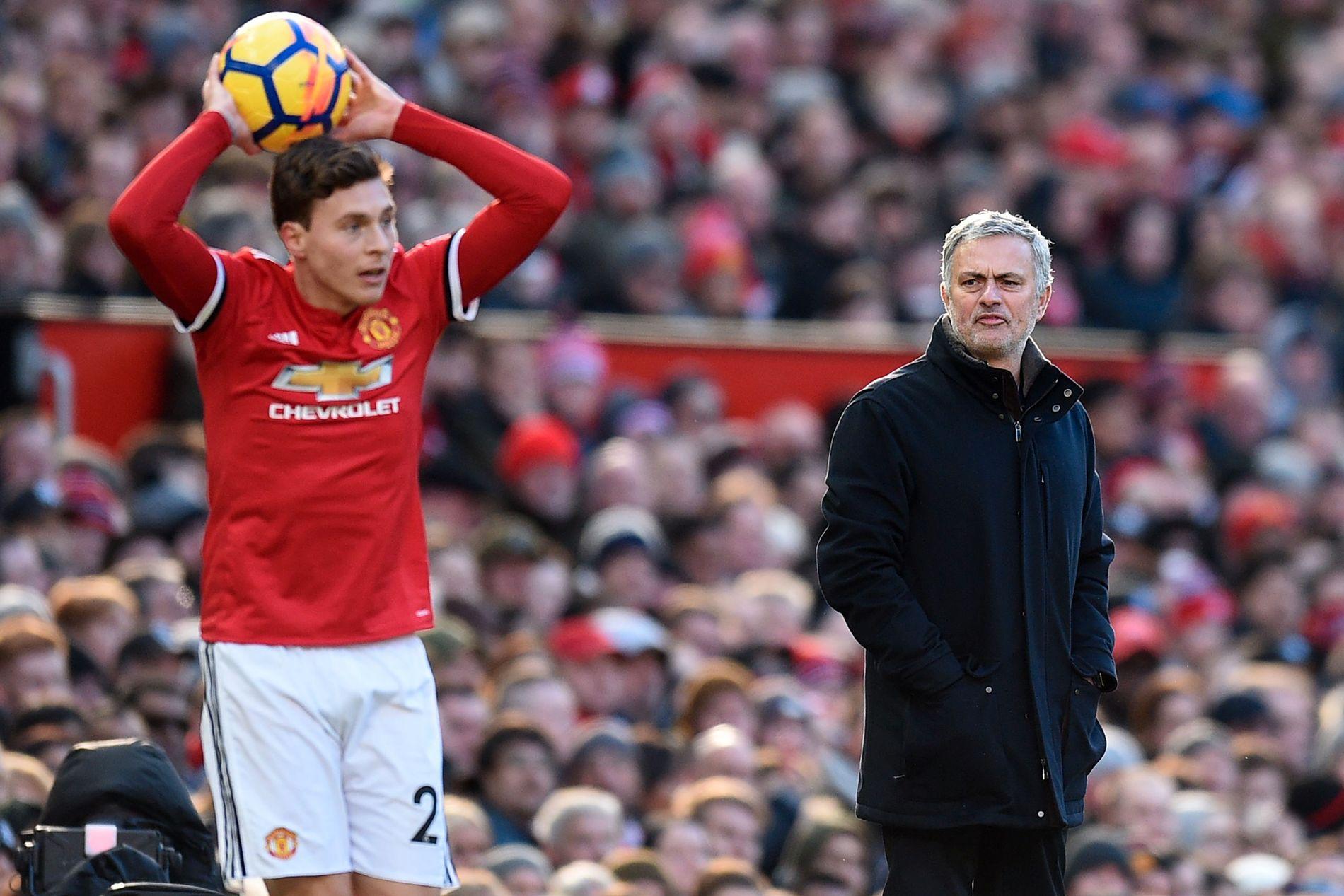 I HARDT VÆR: Både Victor Lindelöf og José Mourinho får gjennomgå etter Manchester Uniteds svake seriestart.