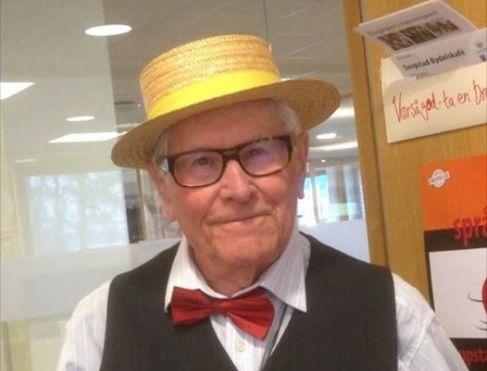 SØKER SELSKAP: Helge Svedal (84) ønsker å treffe noen å gjøre ting sammen med i sommermånedene.