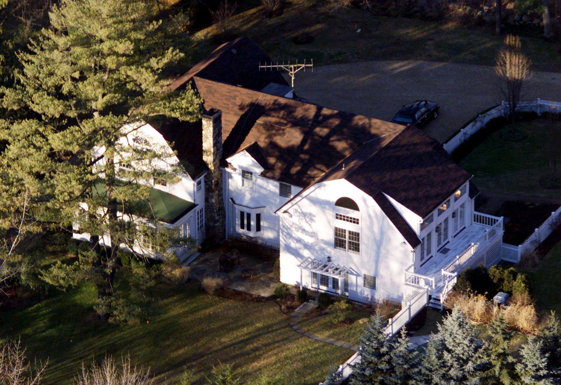 CLINTON-HJEMMET: Ekteparet Clinton er bosatt i dette huset i Chappaqua, i Westchester County, nord for New York City.
