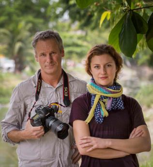 VG I BRASIL: Fotograf Mattis Sandblad og journalist Ingeborg Huse Amundsen.