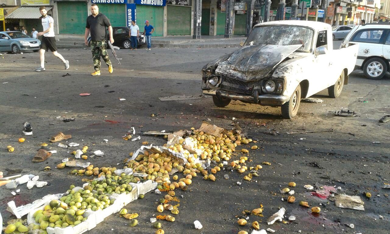 BOMBEANGREP: Bildet viser ødeleggelser etter et bombeangrep i byen Sweida.