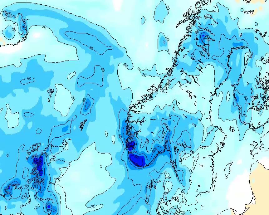 NEDBØR: Lavtrykket vil bevege seg sørover og gi store nedbørsmengder over hele Sør-Norge.