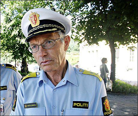ADVARER: Politimester Anstein Gjengedal råder folk til å være forsiktige i nærheten av president Obama under hans besøk i Oslo. Foto: VG