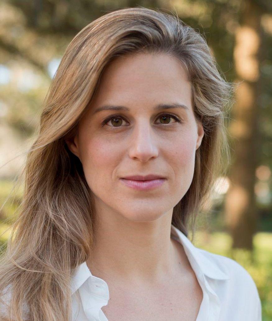 MYE SKRYT: Det er ingen tvil om at forfatter  Lauren Groff har fått mye skryt internasjonalt, blant annet av president Obama som hadde det som sin favorittbok i 2015. Men terningkastene Panta har videreformidlet, er fiktive.
