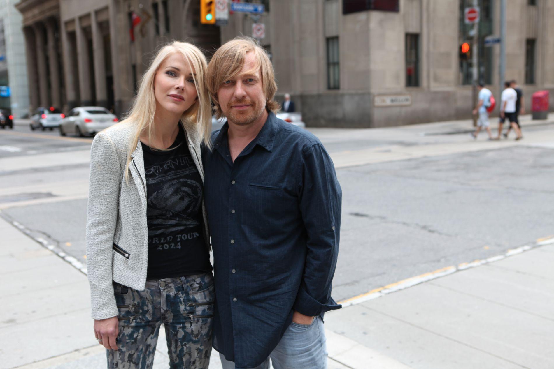 GJEVT OPPDRAG: Morten Tyldum - her med kona Janne Tyldum - har fått æren av å regissere The Office-stjernen John Krasinski i den nye serien om Jack Ryan.
