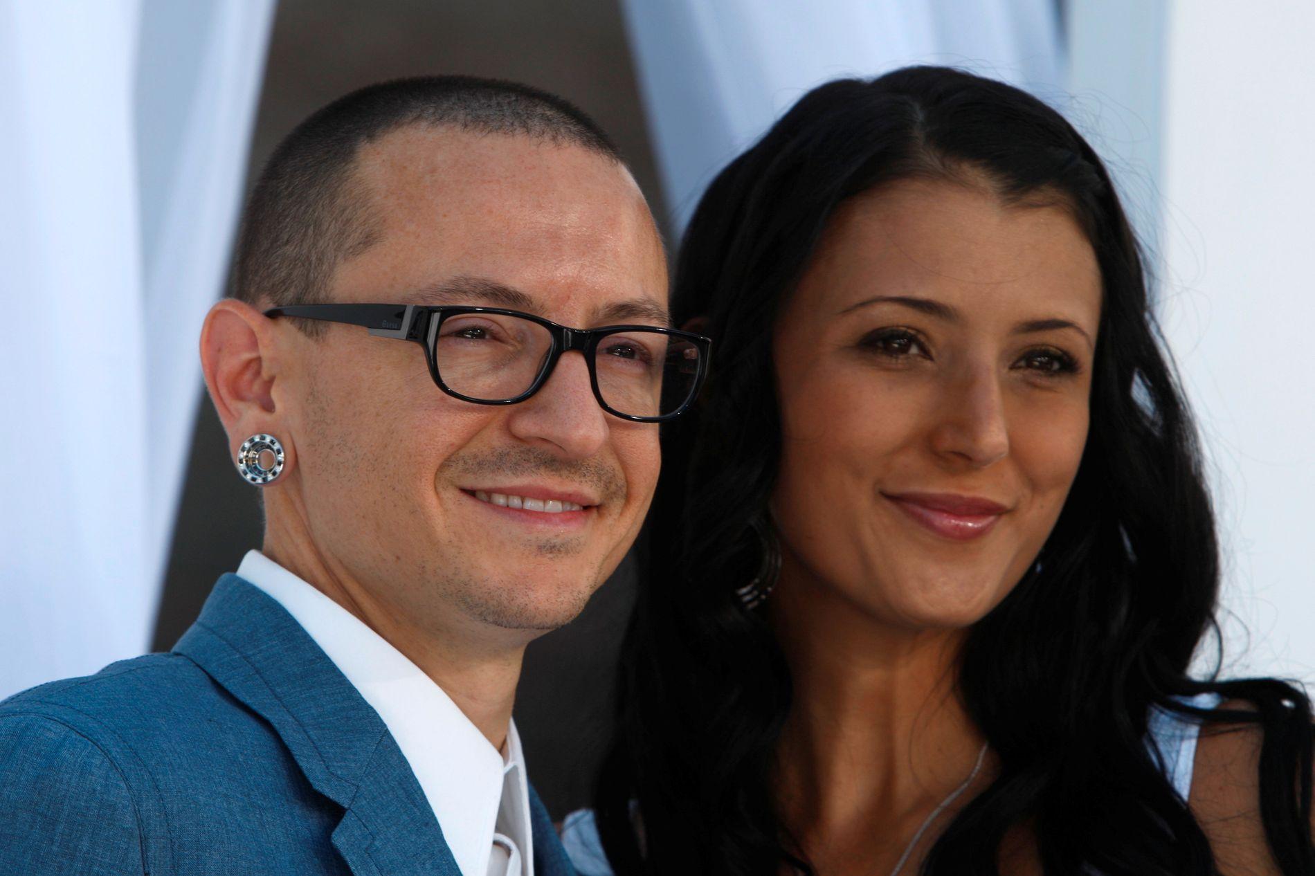 DEPRESJONENS MANGE ANSIKT: Talinda Bennington deler video av Chester Bennington for å vise at depresjon ikke har et ansikt eller humør.