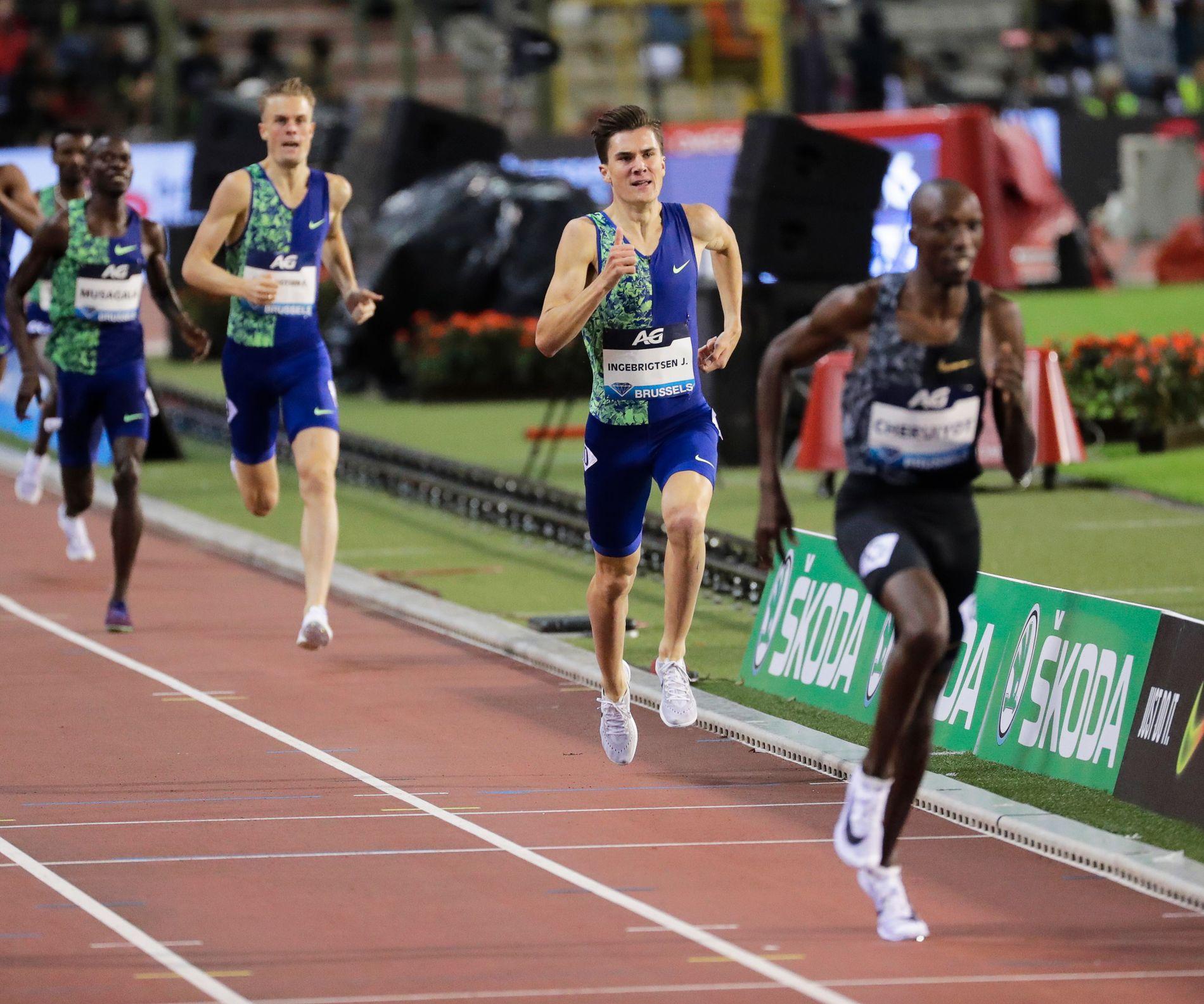 ET STYKKE IGJEN: Kenyaneren Tim Cheruiyot slo Jakob Ingebrigtsen og Filip Ingebrigtsen med grei margin i Diamond League-finalen på 1500 meter.