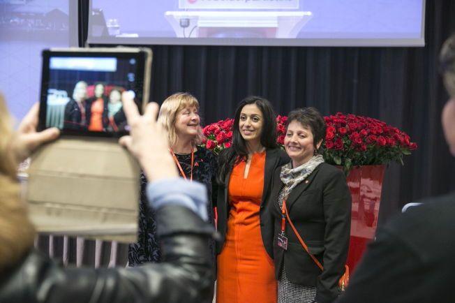 FOTO-GEN: Hadia Tajik er det nye midtpunktet på Aps landsmøte. Om kort tid blir hun partiets nest mektigste politiker, etter Ap.leder Jonas Gahr Støre.