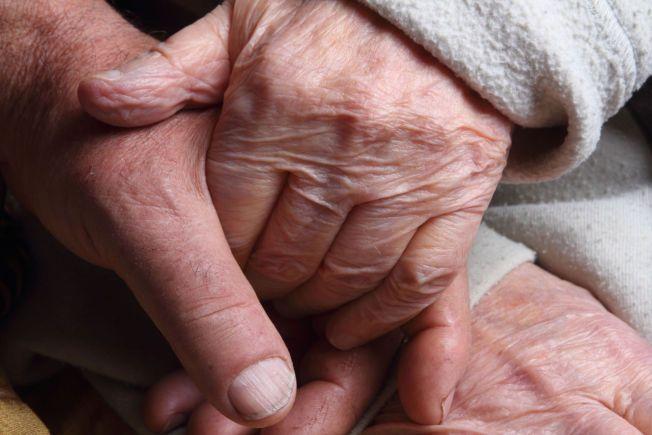 FOREBYGGENDE: Det man gjør gjennom livet kan ha innvirkning på om man får demens eller ikke, men man kan ikke helgardere seg mot å få sykdommen.