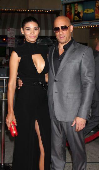 FORELDRE: Vin Diesel og Paloma Jiménez har fra før datteren Hania Riley (6) og sønnen Vincent Sinclair (8). Her er de på en premiere i 2013.