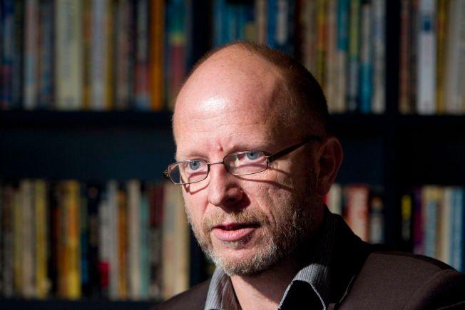 FORFATTER: Geir Selvik Malthe-Sørenssen fra lanseringen av boken om Treholt. Bildet er tatt i 2010.