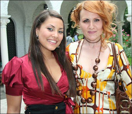 STJERNEMØTE: Mira Craig og den serbiske artisten Alexandra Kovac. Foto: Catherine Gonsholt Ighanian