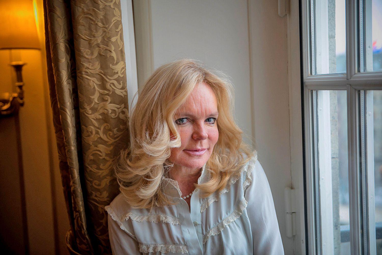 SUKSESSFORFATTER: Irske Lucinda Riley er blant de mestselgende forfatterne i Norge. Her på norgesbesøk nylig.