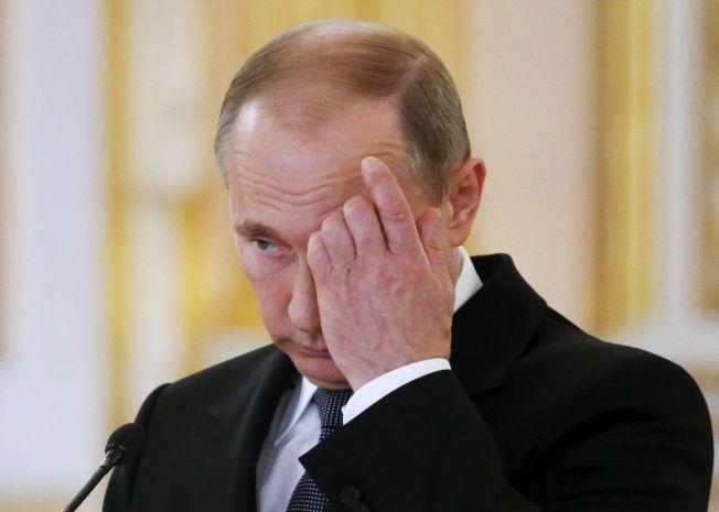 HEMMELIGHETER: Vladimir Putin stempler opplysninger om døde soldater som er på «spesialoperasjoner i fredstid», som statshemmeligheter.