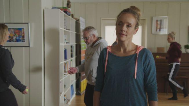 OPPTRENING: Jannike Kruse i rollen som Anja i «Hotel Cæsar».