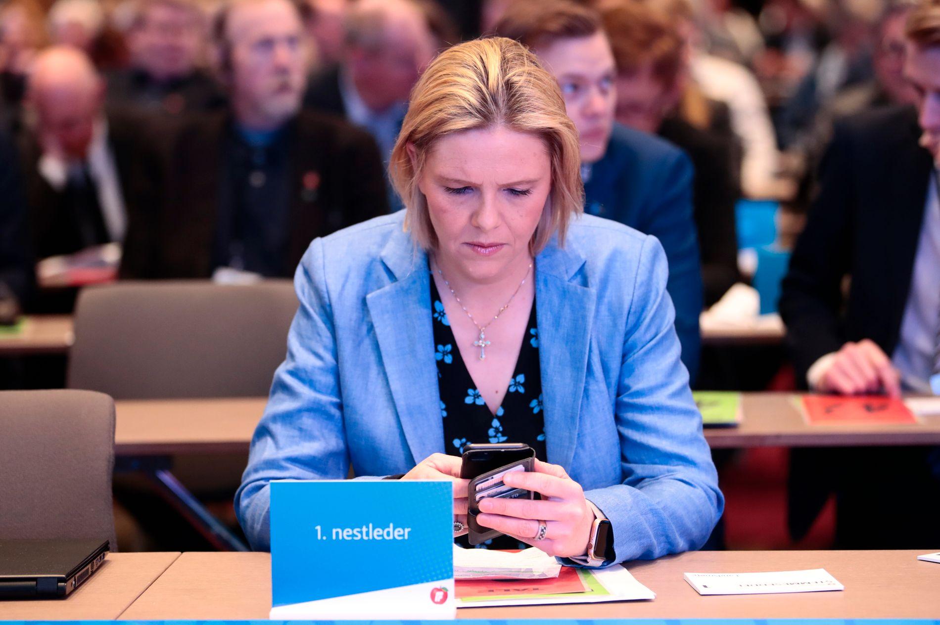 Generalsekretær Anne Lise Ryel i Kreftforeningen er skuffet eldre- og folkehelseminister Sylvi Listhaugs (Frp) uttalelser.