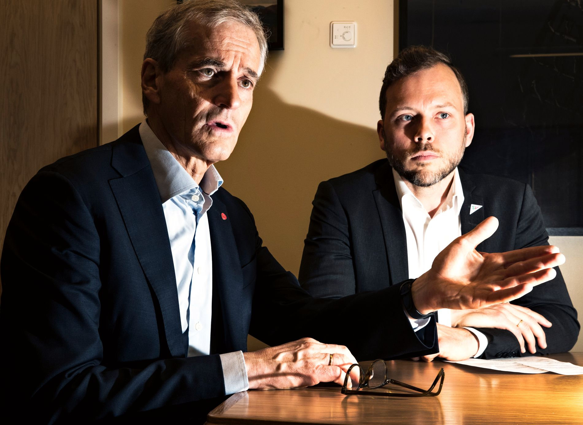 LØSARBEIDER-KAMP: Ap-leder Jonas Gahr Støre og SV-leder Audun Lysbakken sier studenter, deltidsarbeidere og folk i vikariater bør ha krav på pensjon for jobben de gjør.