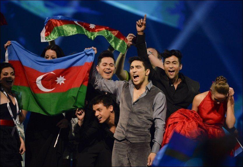 FULL POTT: Farid Mammadov, som representerte Aserbajdsjan under helgens Melodi Grand Prix-finale, fikk 12 poeng av Russland. Den rause poenggivningen ble ikke gjengjeldt av Aserbajdsjan. Nå starter presidenten granskning for å finne ut hvorfor. Foto: REUTERS