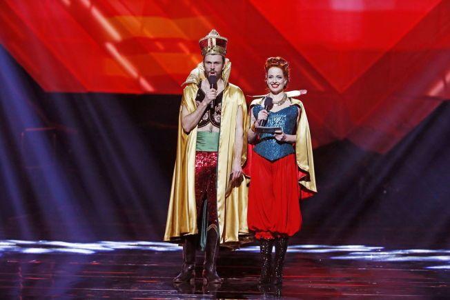 VERTENE: Kåre Magnus Bergh og Silya Nymoen åpnet ballet med Dschinghis Khan-nummer.