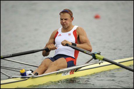 BRUKTE KJEMPEKREFTENE: Olaf Tufte forsvarte OL-gullet fra Athen for fire år siden, etter trøblete oppladning. Foto: AP