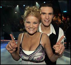 Sandra Lyng Haugen og hennes partner Aleks Sunde Iversen mens de fremdeles var med i «Isdans». Foto: Scanpix (arkiv)
